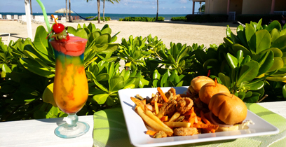 grand cayman hotel with on-site dining