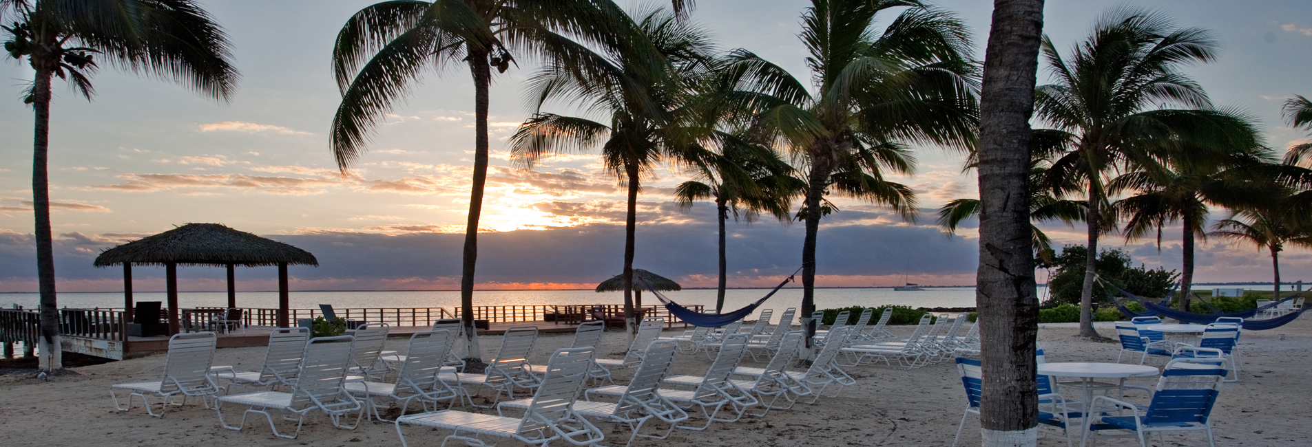 Hotels near 7 mile beach in Grand Cayman