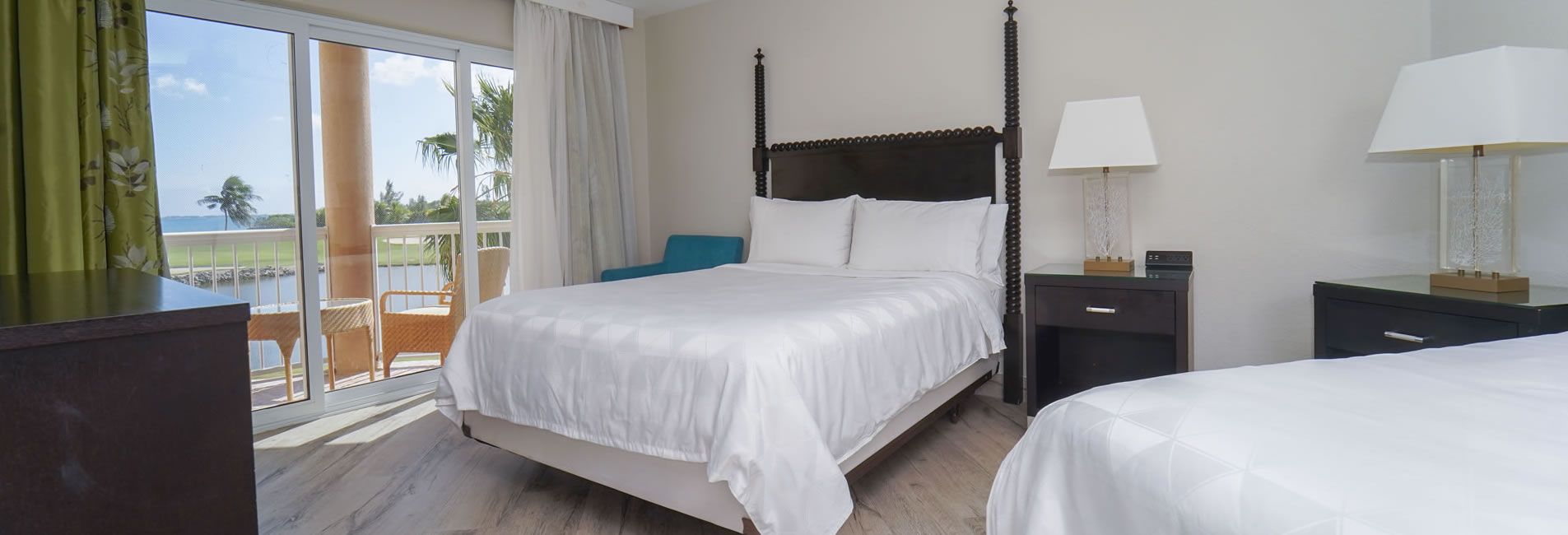 Comfortable hotel rooms in Grand Cayman