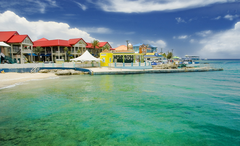 grand cayman resort hotel near george town